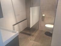 Gespecialiseerd aannemer voor badkamer en toilet-renovatie.